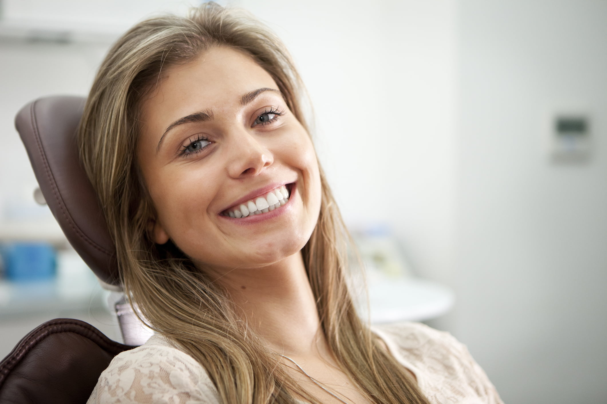 Bright smile from the Dentist's Chair | Dentist Downtown Calgary | Eau Claire Park Dental